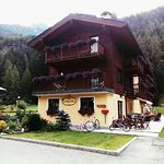 Photo of Hotel Le Petit Abri