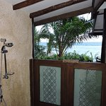 The showers at Coral Villa are outside. Great way to get to know the neighbors!