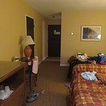 Airport Inn Photo