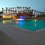 Cavo Maris Beach Hotel Foto