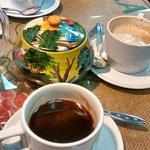 Cafe Dos X 3 Foto