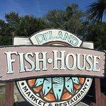 Фотография DeLand Fish House
