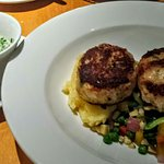 Great crabcakes, delicious cocktail (District Blossom)
