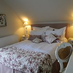 Quaint/cozy attic room at Brindleys B&B
