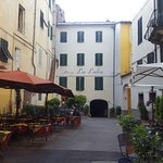 The lovely courtyard in front of the hotel off of Via Fillungo.