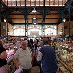 Les Halles de Lourdes - Inside