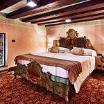 Hotel Saturnia & International Superior Room