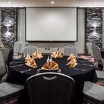 Hampton Inn Coralville Meetings