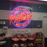 Foto de Tastebud Food Tours of New Orleans