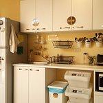 這裡有廚房,不想出去用餐也可以自己煮,記得要做好清潔