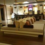 Photo de Maninarakorn Hotel