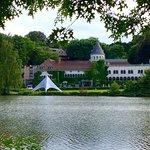 Photo de Martin's Chateau du Lac Hotel