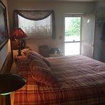 Charleboyne Motel Photo
