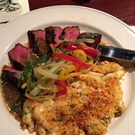 Flank steak with viggies and Mac and cheese