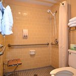 2 Queen Accessible Room with Roll-in Shower