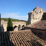 les ruines du château depuis la terrasse