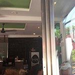 Photo de Rooster Cafe