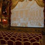 Il sipario del teatro