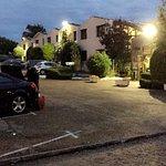 parking exterieur et espace detente