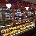 Foto de Dos Escudos Cafe