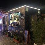 Foto de AlAriss Lebanese Foodtruck