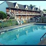 Niagara Falls Motor Lodge