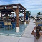 Photo de The Palm at Playa