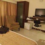 Photo de Hotel Express Towers