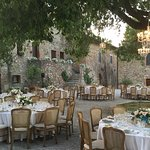 Wedding breakfast in the courtyard