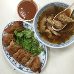 Luo Dong Meat Soup照片