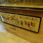 Tapestries depicting William vs Harold