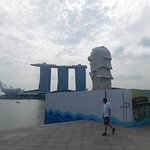 Merlion Lion and Marina Bay Sands