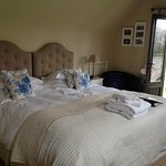 Large ensuite rooms with super kingsize beds