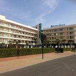 Photo de DIT Evrika Beach Club Hotel