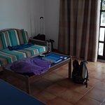 Photo de Apartamentos Los Tulipanes