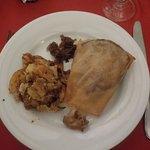 canard croustillant et pommes de terres sarladaises