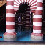 Arco y piscina interior