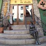 Entrada Restaurante La Abuela