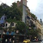 Foto de Hundertwasserhaus