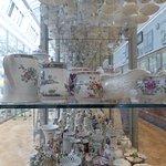 La sezione dedicata alla porcellana e ceramica