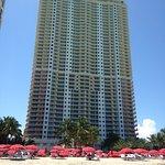 Zdjęcie Acqualina Resort & Spa on the Beach