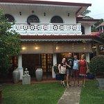 The Ayubowan Guesthouse Foto