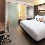 Aloft Queen rooms
