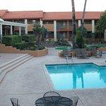 Photo de Red Lion Inn & Suites Tucson North Foothills