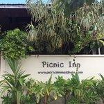 Picnic Inn Foto