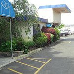 Photo de Days Inn Hicksville Long Island