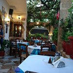 Manolis Taverna-Restaurant Foto