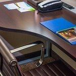 Studio King Suite – Work Desk