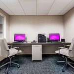 Complimentary internet, printing capabilities & privacy to work