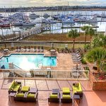 Foto de Courtyard Charleston Waterfront